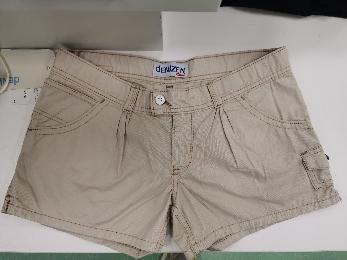 Y00003 女短袖吊带短裤